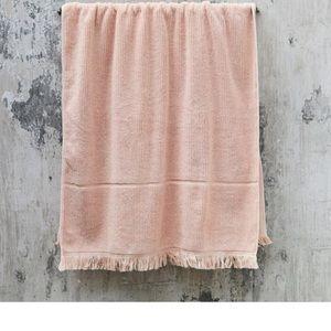 $59 ea NEW The Beach People luxe bath sheet peach